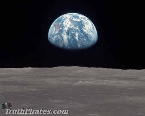 classic image of earth from the moon - totally fake!